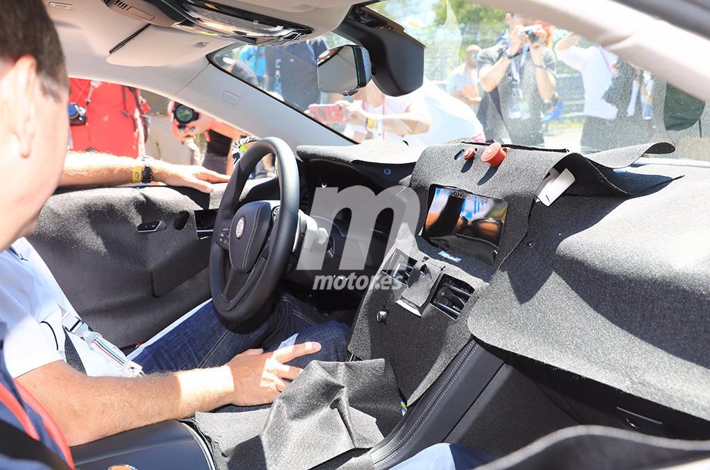 BMW M8 2018: echamos un primer vistazo a su interior