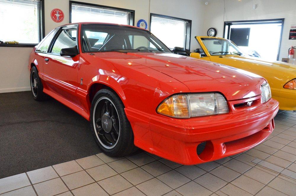 Prototipo del raro Ford Mustang SVT Cobra R aparece por sorpresa