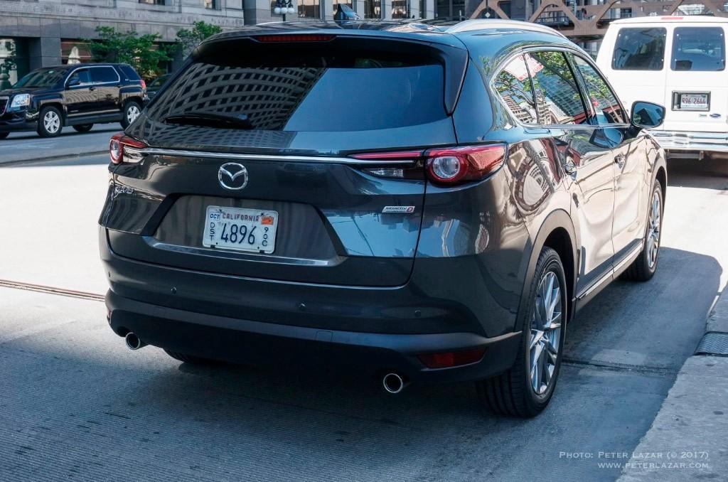 Mazda CX-8 2018: el nuevo SUV de la marca japonesa cazado a plena luz del día