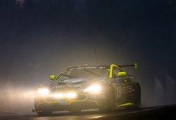 El Aston Martin Vantage GT8 quiere brillar en Nürburgring
