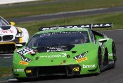 Lamborghini sigue en racha en las 3 Horas de Silverstone