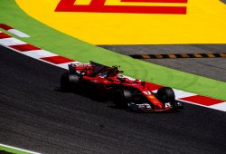 Ferrari se revuelve en los terceros libres