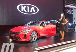 KIA Stinger: el nuevo sedán deportivo coreano se presenta en Automobile Barcelona