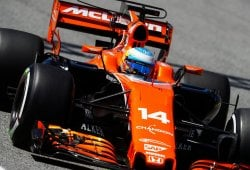 Rotura, pádel y otro viernes desastroso para Fernando Alonso