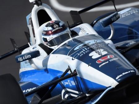 Honda sigue al frente, con Chilton, y rompiendo, con Servià