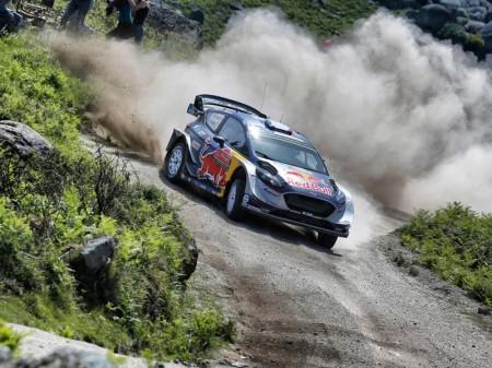 Ogier y Neuville luchan por la gloria en el Rally de Portugal