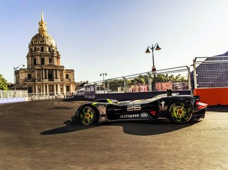 Primera exhibición del Robocar en el ePrix de París