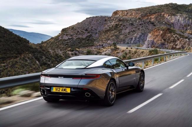 Aston Martin DB11 - posterior