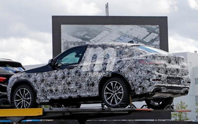 BMW X4 2018 - foto espía posterior