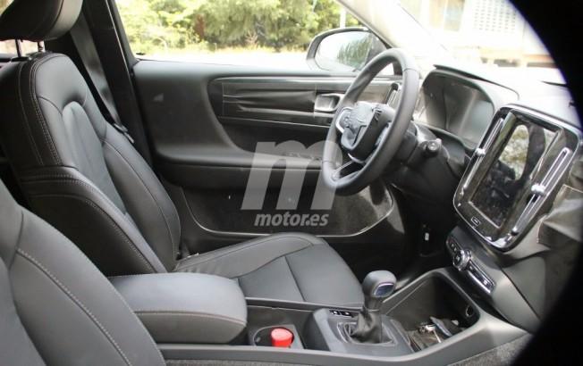 Volvo XC40 2018 - foto espía interior