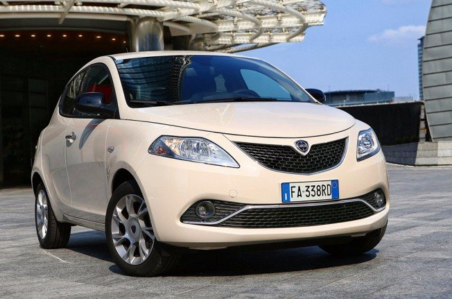 Lancia Ypsilon - frontal