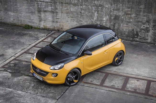 Opel Adam Black Jack Edition