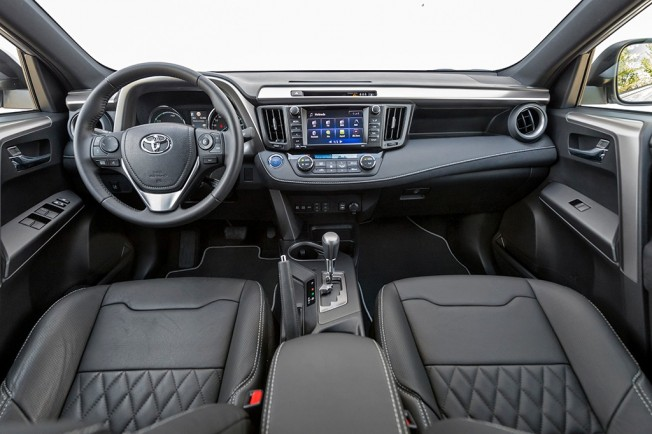 Toyota RAV4 Hybrid Feel! Edition - interior