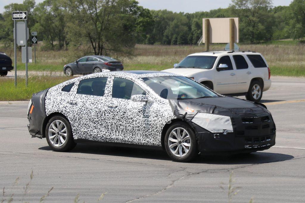 Chevrolet Malibu 2019: el facelift del sedán llegará en 2018
