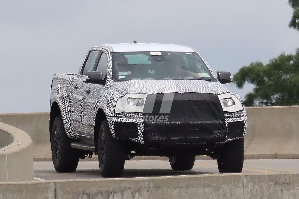 Ford Ranger Raptor: cazada la nueva versión off road radical del pick up global