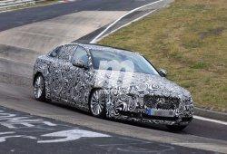 Jaguar XE LWB 2018: nueva versión de batalla larga para China