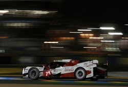 Kobayashi coloca a Toyota en pole provisional en Le Mans