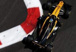 Renault, víctima de la falta de agarre; Palmer, víctima de la curva 8