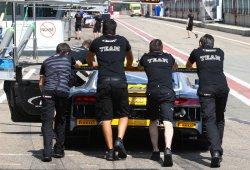 Robin Frijns consigue la pole con el Audi R8 LMS en Zolder