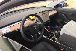 Tesla Model 3: primera imagen del interior de uno de los prototipos