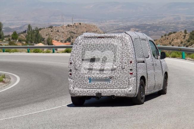 Citroën Berlingo 2018 - foto espía posterior