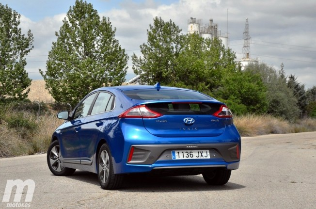 Hyundai IONIQ Eléctrico - posterior