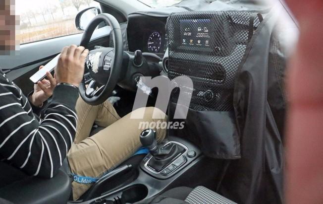 Hyundai Kona 2018 - foto espía interior