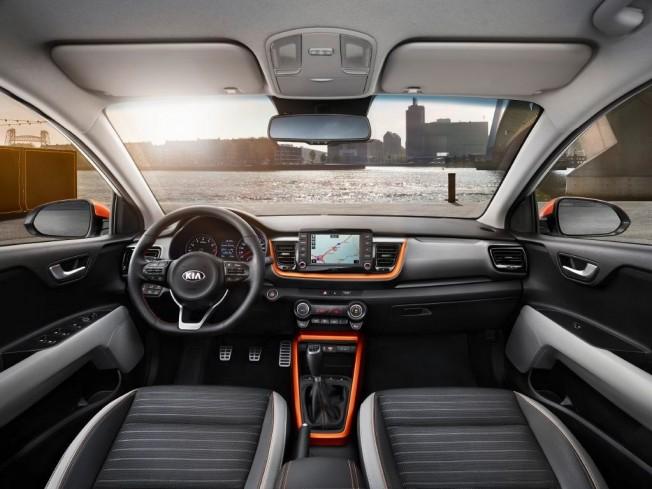 Kia Stonic 2018 - interior