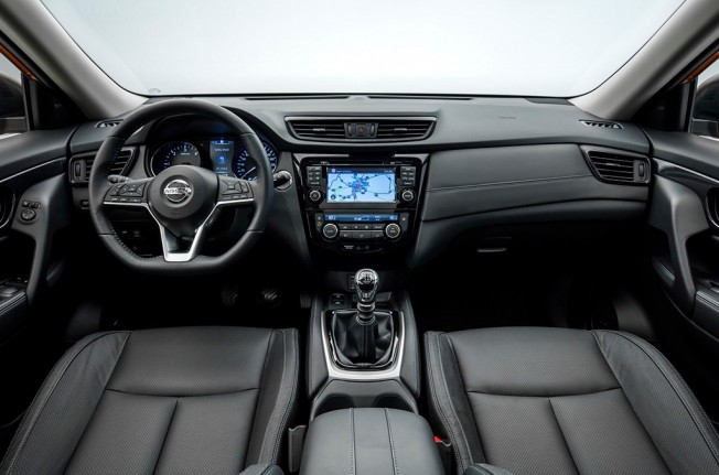 Nissan X-Trail 2017 - interior