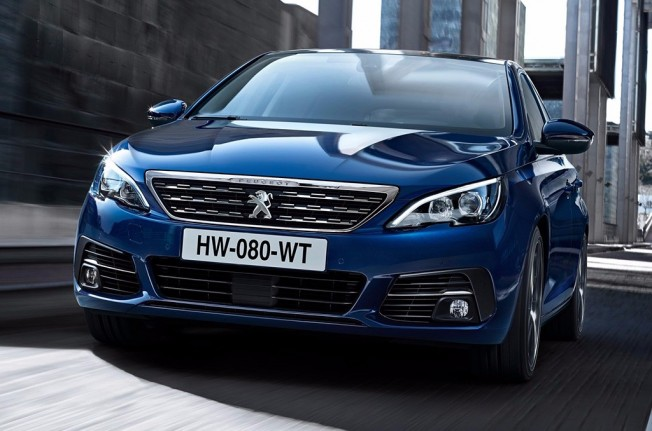 Peugeot 308 2018 - frontal