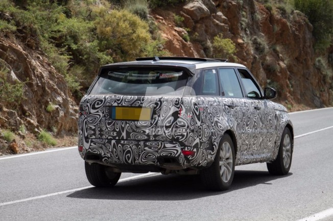 Range Rover Sport 2018 - foto espía posterior