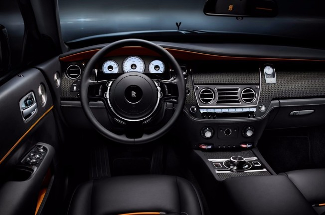 Rolls-Royce Dawn Black Badge - interior
