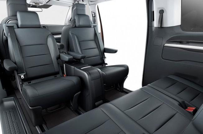 Toyota ProAce Verso VIP 2017 - interior