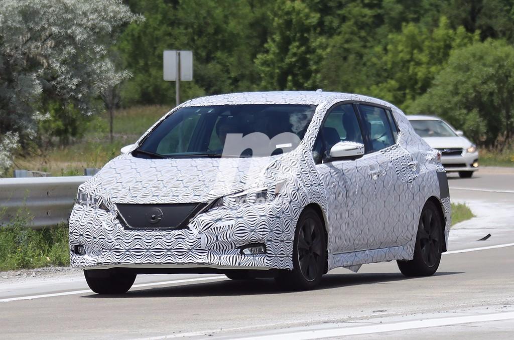 Nissan Leaf 2018 - foto espía