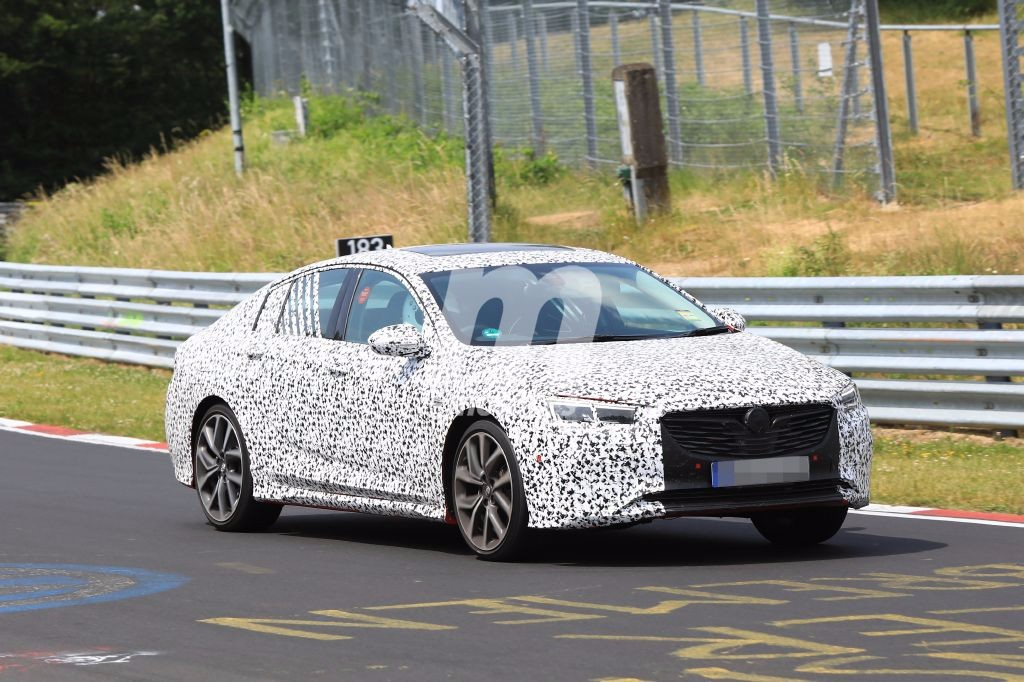 Opel Insignia OPC: la variante más explosiva del Insignia se pone a punto en el Ring