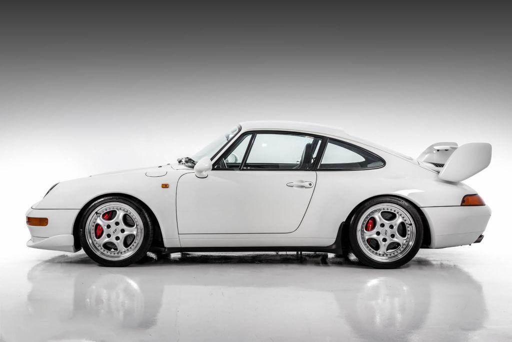 Porsche 911 Carrera RS 3.8 1995: otra joya millonaria a subasta