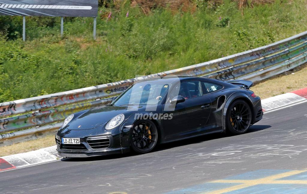 Porsche 911 Turbo: las primeras imágenes del nuevo 992 Turbo