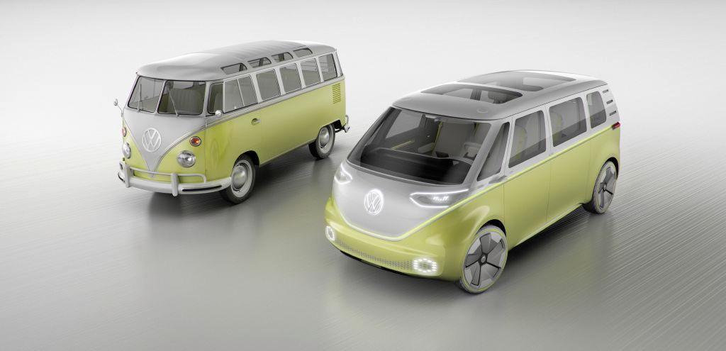 Foto Volkswagen Bully y Volkswagen ID. Buzz Concept