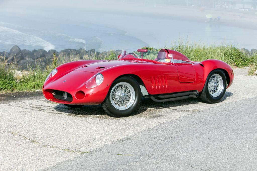 A la venta un precioso Maserati 300 S de 1956 vencedor con Fangio al volante