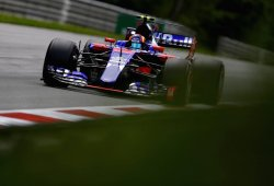 Sainz confiesa que el Toro Rosso arrastraba un fallo aerodinámico