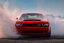 Dodge Challenger SRT Demon frente al nuevo Hellcat Widebody en un duelo de sonido