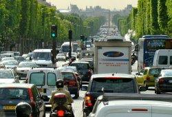 Francia pone fecha de caducidad a los coches diésel y de gasolina