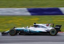 Hamilton y Bottas consiguen un inesperado doblete en Silverstone
