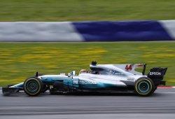 Hamilton golpea primero, y por dos veces, en Spielberg