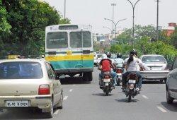 India prohibirá los coches autónomos para proteger los empleos