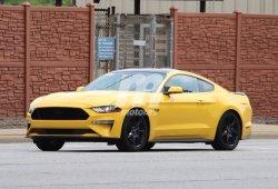 Ford Mustang GT equipado con el nuevo Black Accent Package al desnudo