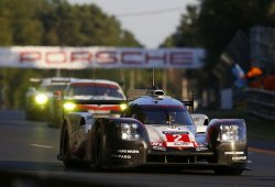 Porsche mantiene la racha de Le Mans con un doblete