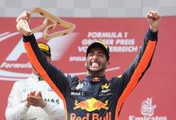 La vida sigue igual en Red Bull: podio de Ricciardo y abandono de Verstappen