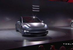 Tesla Model 3: esta semana sale el primer Model 3 de producción de la cadena
