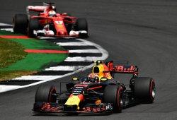Verstappen y Ricciardo, brillo en Silverstone sin podio